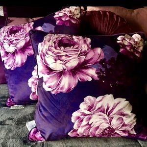 Other - New 2 floral velvet pillows 18 in x 18 in.